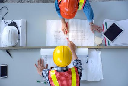 Devenez courtier en travaux de construction industrielle